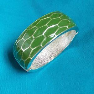 Ann Taylor Hinge Enamel Army Green Silver Bracelet